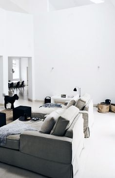 Bara+hemnet+inspiration - love the colour palette and the various textures in this room and THOSE lounges!