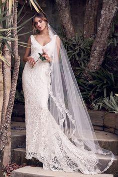 e6ca34934c6 The Romantic   Sparkling Anna Campbell Wanderlust Wedding Dress Collection