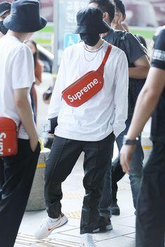 EXO Baekhyun airpot fashion at Gimpo Airport [170714]