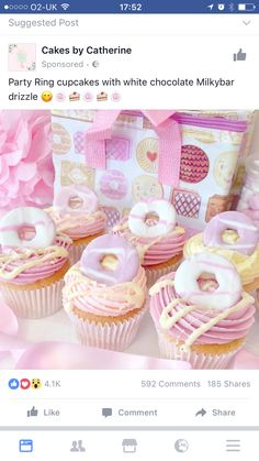 Macmillan Coffee Morning Cupcake idea - Party Ring Cupcakes With White Chocolate Milky Bar Drizzle Cupcakes Fondant, Cute Cupcakes, Pink Cupcakes, Valentine Cupcakes, Chocolate Cupcakes, Donut Cupcakes, Mini Donuts, Baking Cupcakes, Vanilla Cupcakes