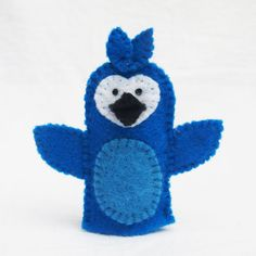 Hey, I found this really awesome Etsy listing at http://www.etsy.com/listing/155790419/blue-jay-bird-bird-felt-finger-puppet