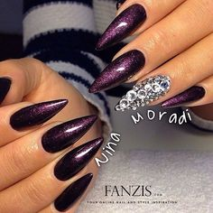 Purple glitter stilettos with gems Sexy Nails, Hot Nails, Fancy Nails, Hair And Nails, Fabulous Nails, Gorgeous Nails, Pretty Nails, Purple Glitter Nails, Dark Purple Nails