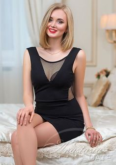 Dating Russian woman online; gorgeous pictures: Alexandra from Kiev