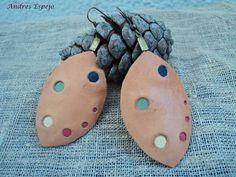 pendientes de cuero en color marron claro von Artesania Andres Espejo auf DaWanda.com