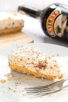 This Baileys chocolate cheesecake recipe makes a truly delicious dessert for grown ups. It's creamy, chocolatey and with subtle tones of the Baileys.
