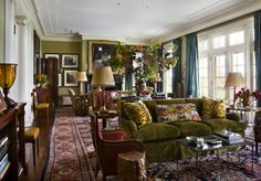 The Auction Addict: Good Buy Friday: Stunning Carpets for a Steal