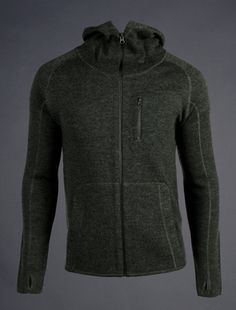 TAD gear Praetorian hoody. It's merino wool, expensive and they don't bring them to the UK. Unless you are prepared to pay through the nose at heinnie haynes.