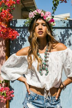 Vintage turquoise American Indian sterling silver necklace for a boho chic allure with modern hippie flower headband. For the BEST Bohemian fashion trends for 2015 FOLLOW http://www.pinterest.com/happygolicky/the-best-boho-chic-fashion-bohemian-jewelry-gypsy-/ now