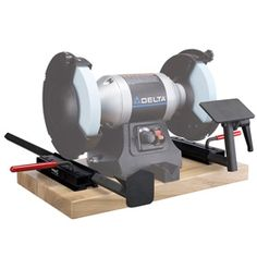 Shopping for Sharpening Systems, like Oneway Wolverine Sharpening System 4 Piece Set is easy at Craft Supplies USA. Not only do we offer Sharpening Systems, we also have a full range of related items for woodturners at exceptional prices. Saw Sharpening, Wood Craft Supplies, Bench Grinder, Woodturning Tools, Wood Turning Projects, Wood Tools, Carving Tools, Wood Lathe, Kitchen Utensils