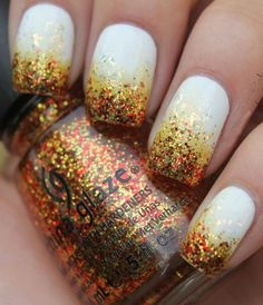 White nails with glitter in fall shades #nailart #thanksgiving #womentriangle