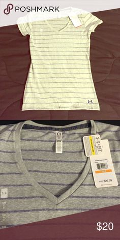 💥NWT grey and purple striped Heat guard shirt Brand new with tags under armour grey and purple striped v neck Heat guard workout shirt. Retails for $30 open to reasonable offers. Smoke free home Under Armour Tops
