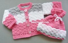 Crochet Baby Girl Crochet dolls coat-hat, a free crochet pattern for a premature baby, made in worsted weight Preemie Crochet, Baby Girl Crochet, Crochet For Kids, Free Crochet, Gilet Crochet, Knit Crochet, Crochet Hats, Crochet Stitch, Crochet Baby Sweaters