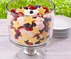 Pampered Chef 4th of July Trifle Cake  To make our patriotic trifle, simply cut pound cake with our star-shaped Creative Cutter and arrange the shapes along the sides of the trifle bowl. Then, add whipped cream, strawberries, blueberries and remaining pound cake. So simple!
