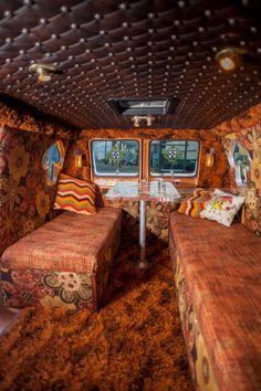 Custom Van interior - shag carpet - not a VW but classic Customised Vans, Custom Vans, Custom Van Interior, Old School Vans, Dodge Van, Vanz, Shag Carpet, Van Camping, Vintage Vans
