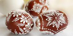 Egg Crafts, Easter Crafts, Polish Easter Traditions, Easter Egg Pattern, Egg Tree, Easter Egg Designs, Ukrainian Easter Eggs, Coloring Easter Eggs, Easter Celebration