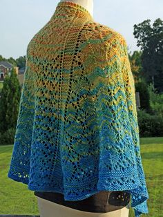 All-Over Lace Faroese Shawl by liisuyarns, via Flickr