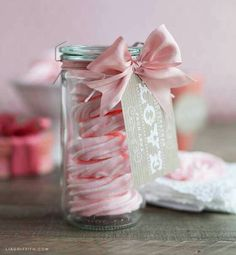 Looking for some inspiration on gift packaging your Raspberry Rose Meringues and other goodies for Valentine's Day? Lucky for us, my friend Lia Griffith has created some free labels, tags and… Pavlova, Meringue Kisses, Meringue Cookies, Meringue Desserts, Food Gifts, Diy Gifts, Raspberry Meringue, Sweet Party, Weck Jars