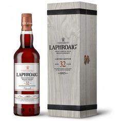 Laphroaig 32 Jahre 1.499,00 € Herkunftsland: Schottland ◾Typ: Single Malt Whisky ◾Whiskyregion: Islay ◾Brennerei/Marke: Laphroaig ◾Abfüller: Eigentümer-Abfüllung ◾Alter: 32 Jahre ◾Fasstyp: Sherry, Oloroso ◾Rauchigkeit: Stark rauchig ◾Kühlfilterung: Nicht kühlgefiltert ◾Farbstoff: Ohne Farbstoff