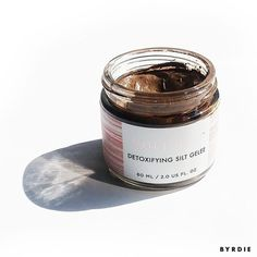 This mud mask cleared up our editor's blackheads better than anything else. Want to see what it is?