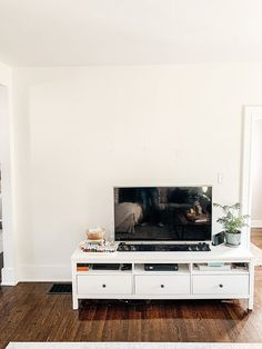 Step by step tutorial on how to build an inexpensive shiplap fireplace using an electric insert. Transform your boring TV wall into a statement piece. Diy Fireplace Mantel, Fireplace Tv Wall, Build A Fireplace, Rustic Mantel, Fireplace Built Ins, Shiplap Fireplace, Bedroom Fireplace, Fireplace Inserts, Living Room With Fireplace