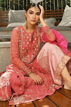 Party Wear Indian Dresses, Pakistani Fashion Party Wear, Pakistani Dress Design, Pakistani Outfits, Indian Outfits, Indian Fashion Trends, Indian Fashion Dresses, Indian Attire, Indian Wear