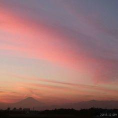 夕焼け 今日は間に合った() #空 #夕空 #夕焼け  #japan #yokohama #sky #sunset  #graduation #fine