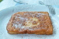 Topfenknödel mit Mohn - Rezept   GuteKueche.at Austrian Recipes, Brunch, French Toast, Breakfast, Food, Tortillas, Tricks, Wraps, Geek