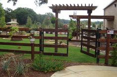 Ranch rail four rail with no climb wire.  Built by Titan Fence & Supply Company.