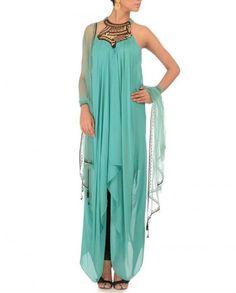 4 Seasonal Indian Ethnic Wear for Women - Ezyshine