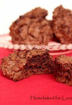Biscotti al cioccolato fondente e riso soffiato
