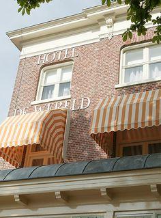 Hotel de Wereld, Capitulatie door de Duitsers  getekend op 5 mei 1945 Wageningen, Gelderland.