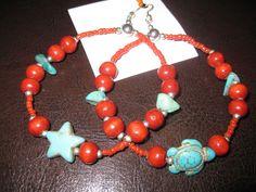 Boucles d'oreilles rouges avec turquoise, tortue et étoile : Boucles d'oreille par ethniz