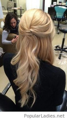 very-simple-blonde-hair-color-and-hairstyle-half-up