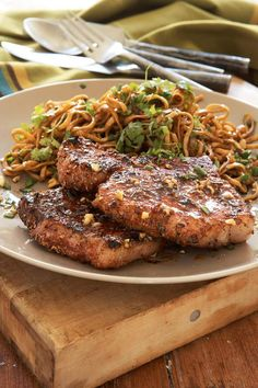 These Pork Chops With Indian Spice Rub Can Be Casual or Fancy Grilled pork chops are delicious, but the marriage between the open flame and Indian-inspired spices takes this dish to another level. Pork Rib Recipes, Rub Recipes, Barbecue Recipes, Grilling Recipes, Meat Recipes, Indian Food Recipes, Grilling Ideas, Yummy Recipes, Chicken Recipes