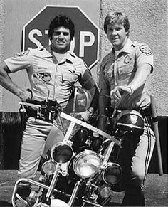 Chips t. The california highway patrol. Eric Estrada and Larry Wilcox 70s Tv Shows, Old Shows, Larry Wilcox, Mejores Series Tv, Cinema Tv, Tv Show Casting, Kino Film, Vintage Tv, My Childhood Memories