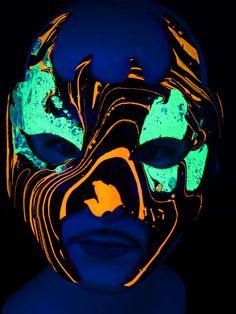 "Schwarzlicht Psywork Maske Diavolo ""Psy Devil""#blacklight #schwarzlicht #psy #neon #party #karnevall #fasching #mask #magic #marble #halloween"