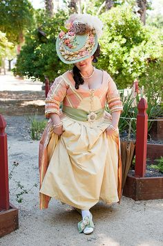 18th Century Zone Front Dress by pausetivespace, via Flickr