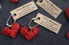 Lembrancinha de casamento: chaveiro de coração. Foto: Oui Design.