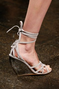 donna karan spring 2013 ready-to-wear collection via style.com