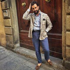 Pitti Uomo 88 #pitti88 #pittiuomo Preppy Men, Preppy Style, Men's Style, Casual Suit, Casual Looks, Tan Blazer, Pitta, Office Attire, Mens Fashion