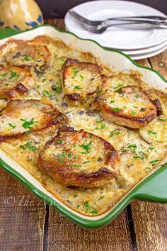 Pork Chop Casserole, Dinner Casserole Recipes, Potatoe Casserole Recipes, Dinner Recipes, Farmers Casserole, Potato Recipes, Pork Chops And Potatoes, Baked Pork Chops, Butter Potatoes