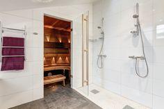 Sauna in penthouse apartment. Penthouse Apartment, Steam Room, Room Inspiration, Alcove, Bathtub, Bathroom, Standing Bath, Washroom, Bathtubs