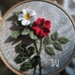 염경숙 Kyeong-Sook Yeom  Saltlight_ Embroidery artist, S.Korea 저서 - 손끝에서 피는 꽃과 자수             입체자수 꽃 나무 열매  Copyright ⓒ 염경숙, All rights reserved.