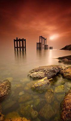 Beautiful Seascape, so calm and peaceful.