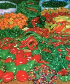 A Pepper Primer -- Texas Gardener http://www.texasgardener.com/pastissues/marapr03/peppers.html