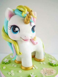 Adorable Fondant Unicorn Topper!                              …