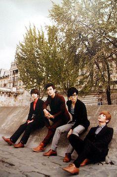 Everlasting Friends about Super Junior: Super Junior Boys in City season 4 in Paris