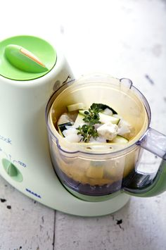 Beaba soup recipes for baby and adults to try. http://www.latartinegourmande.com/2009/11/04/homemade-baby-food-beaba-babycook/