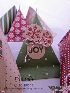 PAPERLAND CREATIONS: Artisan Blog Hop - Sour Cream Containers