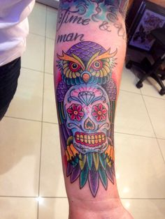 Tattoo Old School Rose Design Sugar Skull 50 Trendy Ideas Glow Tattoo, I Tattoo, Miscarriage Tattoo, Old School Rose, Sugar Skull Tattoos, Sugar Tattoo, Tattoos For Women Half Sleeve, Sunflower Tattoos, Time Tattoos